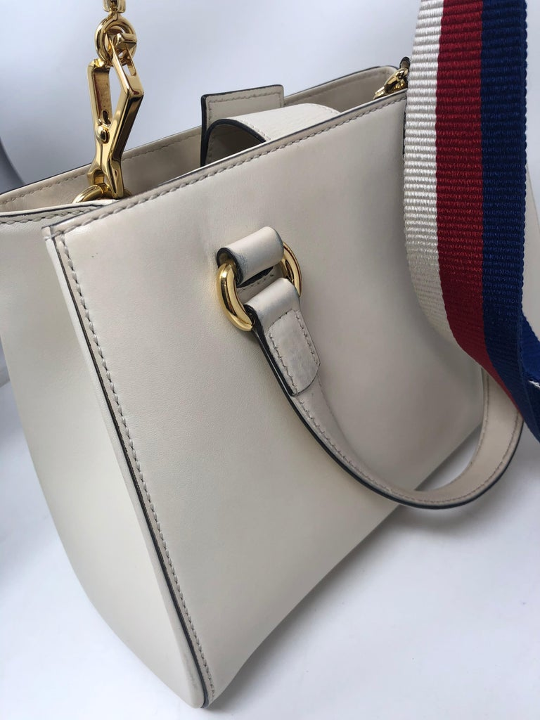 Gucci Sylvie Bag  For Sale 5