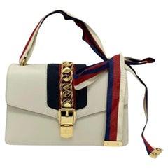 Gucci Sylvie Bianca Shoulder Bag in Leather with Golden Hardware