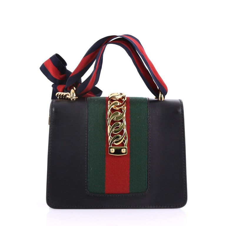 d35031027 Gucci Sylvie Chain Shoulder Bag Leather Mini In Good Condition For Sale In  New York,
