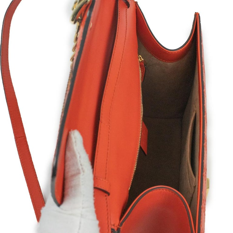 Women's Gucci, Sylvie in orange leather For Sale