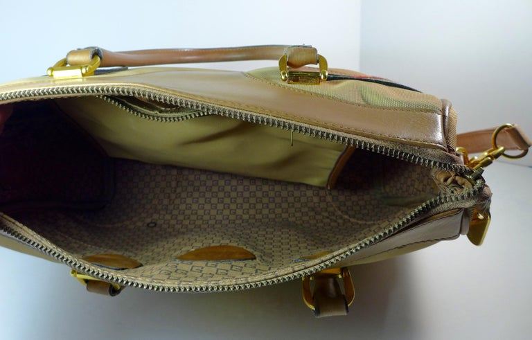 GUCCI Tan Leather and Canvas Shoulder Bag For Sale 1