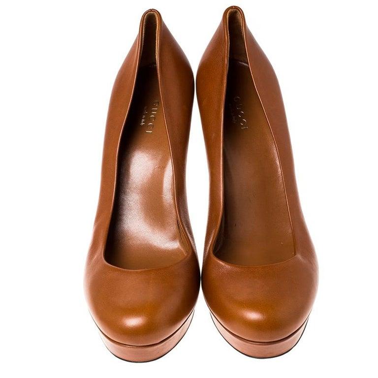 Brown Gucci Tan Leather Charlotte Platform Pumps Size 39 For Sale