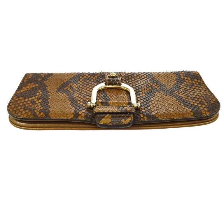 Gucci Taupe Snakeskin Leather Gold Horsebit Evening Envelope Flap Clutch Bag In Good Condition In Chicago, IL