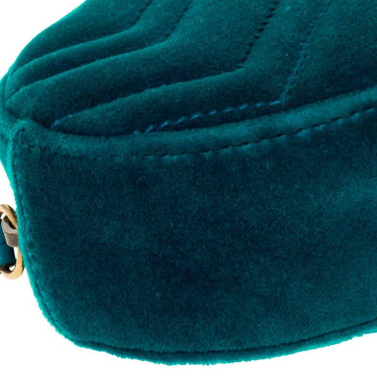 Gucci Teal Velvet GG Marmont Belt Bag For Sale 4