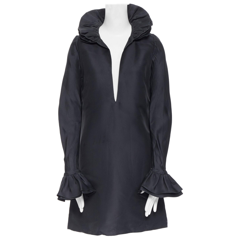 GUCCI TOM FORD AW00 Vintage 100% silk black Victorian plunge neck ruffle dress M