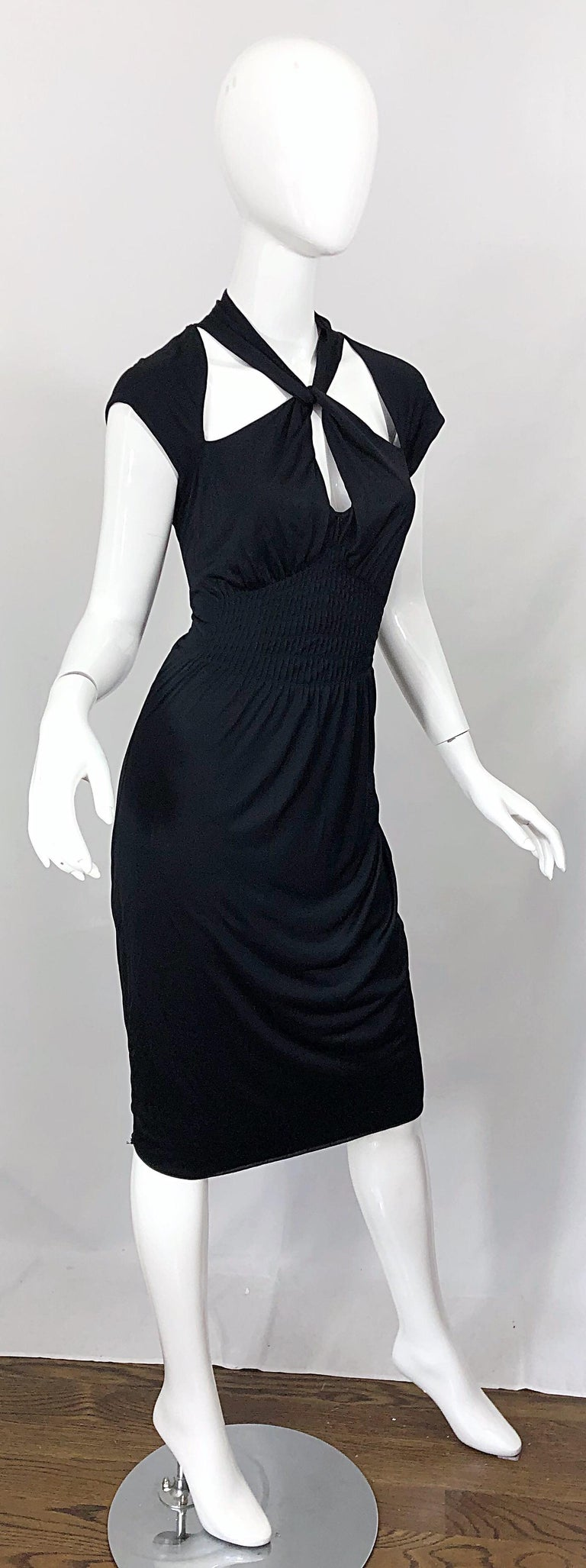 Gucci Tom Ford Fall 2003 Runway Black Cut Out Backless Stretch Jersey Dress  For Sale 7