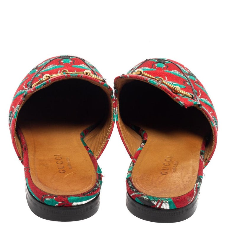 Brown Gucci Tricolor Jacquard Fabric Horsebit Princetown Bees Flat Mules Size 37 For Sale