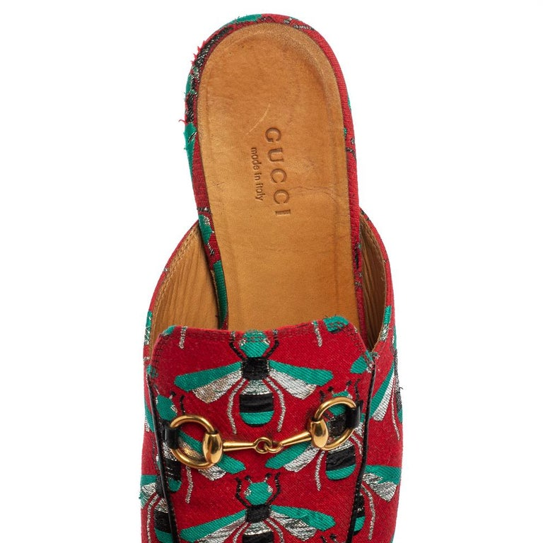 Women's Gucci Tricolor Jacquard Fabric Horsebit Princetown Bees Flat Mules Size 37 For Sale