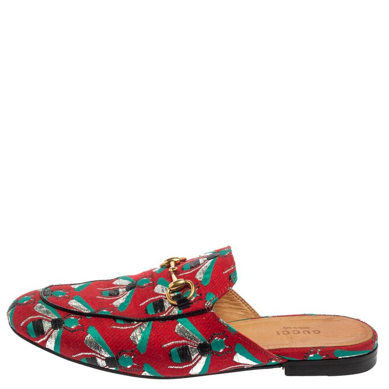 Gucci Tricolor Jacquard Fabric Horsebit Princetown Bees Flat Mules Size 37 For Sale 2