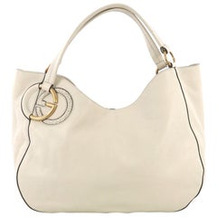 Gucci Twill Shoulder Bag Leather, crafted in beige leather