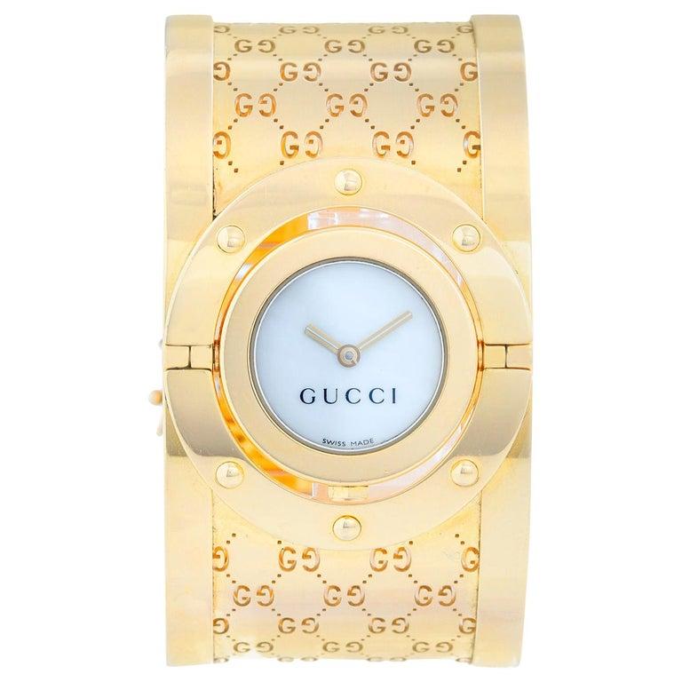 Gucci Twirl 18 Karat Yellow Gold  Ladies Watch For Sale