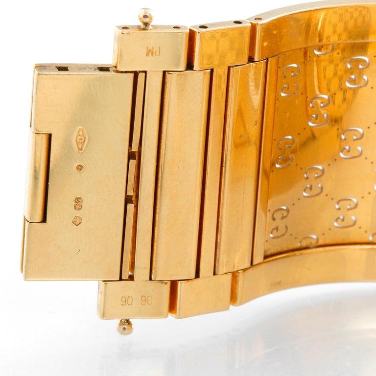 Women's Gucci Twirl 18 Karat Yellow Gold  Ladies Watch For Sale
