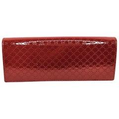 Gucci Vermillion Microguccissima Patent Leather Broadway Clutch
