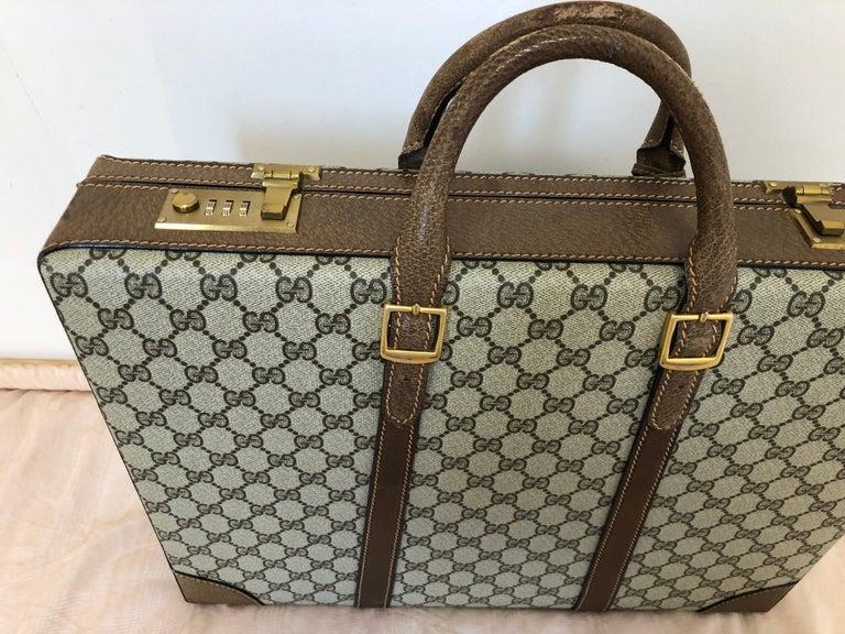 Gucci Vintage Brown GG Monogram Canvas Business Attache Hard Side Briefcase For Sale 3