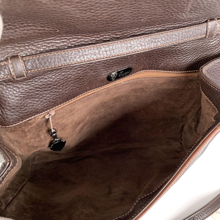 Gucci Vintage Brown Leather Convertible Crossbody Bag For Sale 1