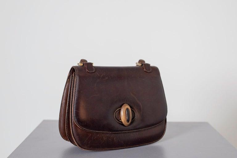 Women's Gucci Vintage Brown Leather Italian  Handbag 1940 For Sale
