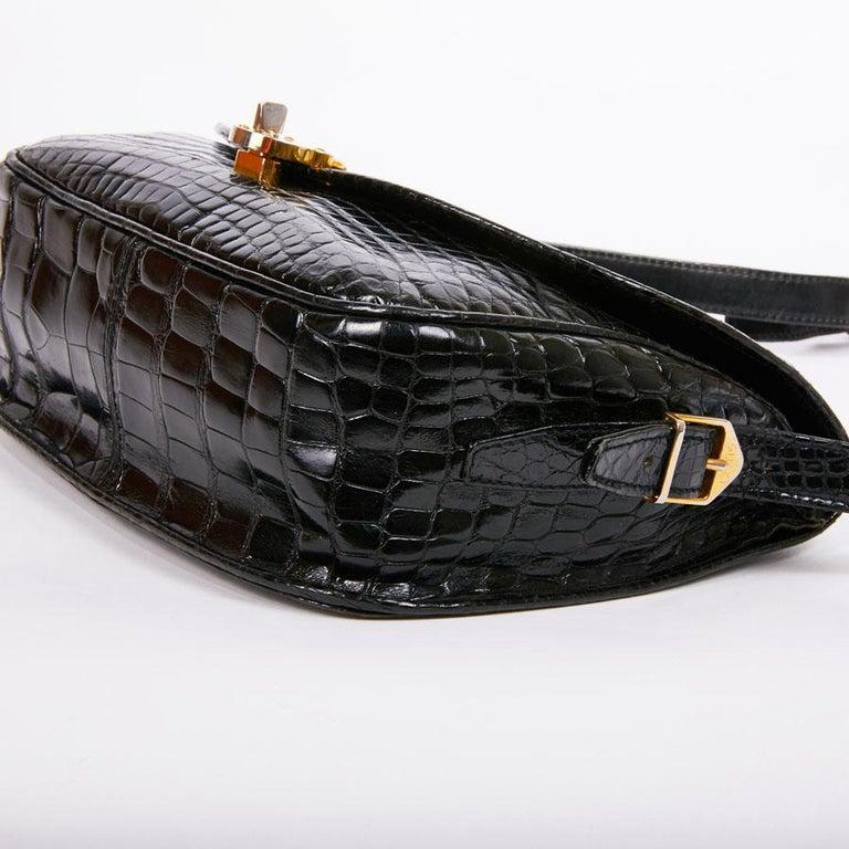 GUCCI Vintage Glossy Black Crocodile Bag   For Sale 6