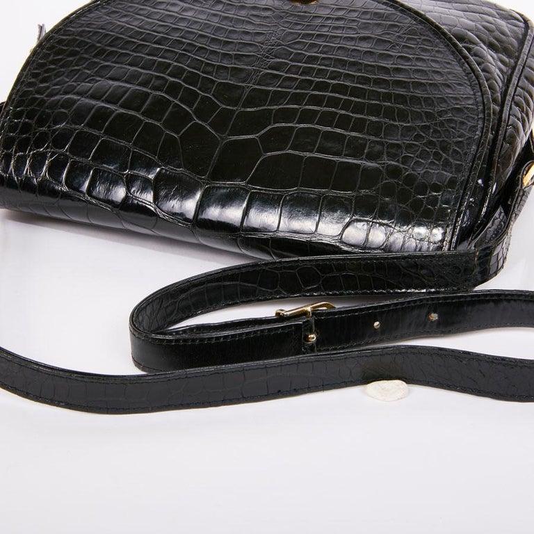 GUCCI Vintage Glossy Black Crocodile Bag   For Sale 7