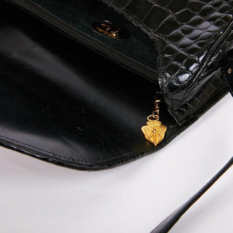 GUCCI Vintage Glossy Black Crocodile Bag   For Sale 11