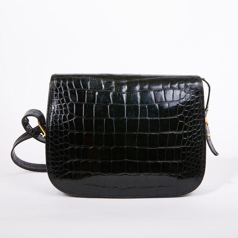GUCCI Vintage Glossy Black Crocodile Bag   In Good Condition For Sale In Paris, FR