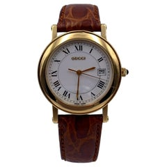 Gucci Vintage Gold Tone Stainless Steel 7200 M Watch Leather Strap