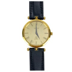 Gucci Vintage Gold Tone Stainless Steel Watch Leather Strap