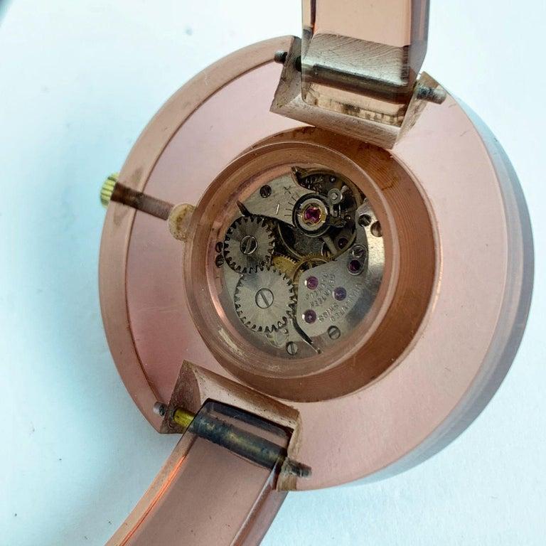 Women's Gucci Vintage Pink Lucite Manual Wind Wrist Watch Bracelet Bangle Rare For Sale