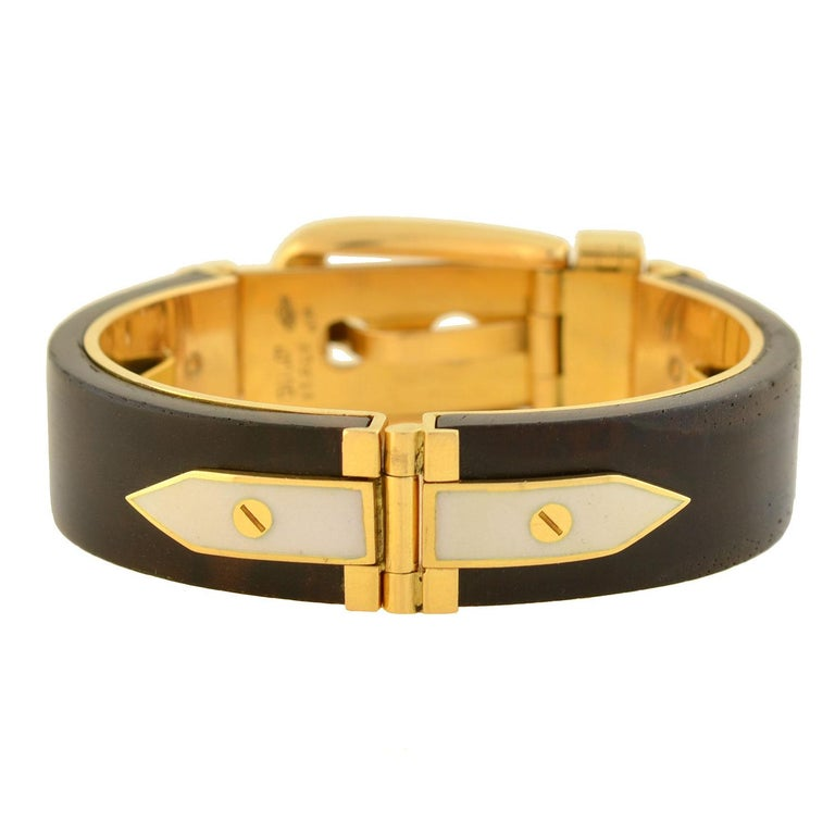 Gucci Vintage Rosewood and Enameled Adjustable Gold Buckle Bracelet In Good Condition For Sale In Narberth, PA