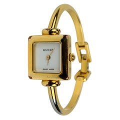 Gucci Vintage Stainless Steel Mod 1900 L Bangle Wrist Watch White Dial