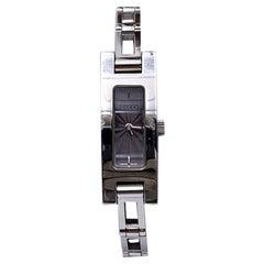 Gucci Vintage Stainless Steel Mod 3900 L Ladies Wrist Watch Grey