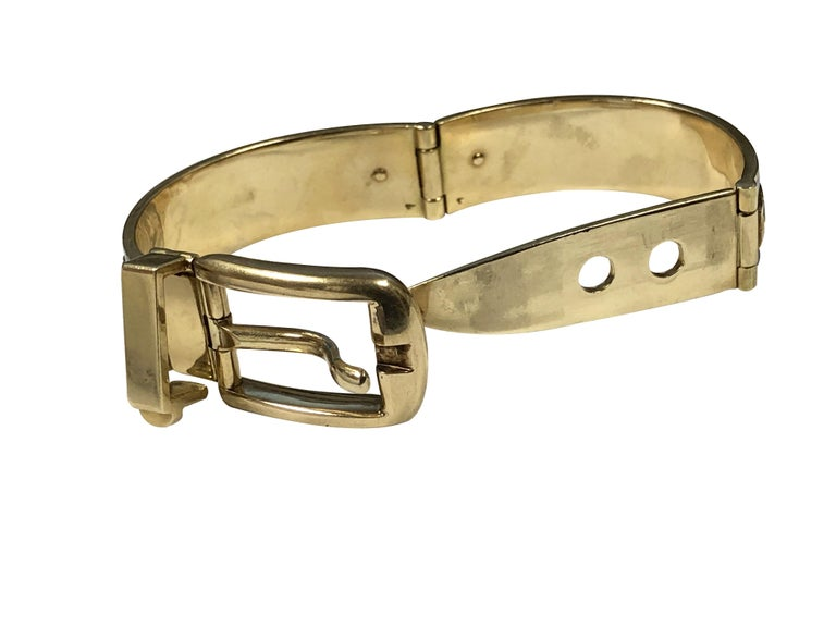 Gucci Vintage Yellow Gold and Enamel Buckle Bangle Bracelet For Sale 1