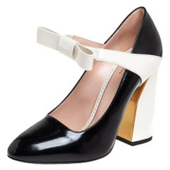 Gucci White/Black Patent Leather Bow Mary Jane Pumps Size 38
