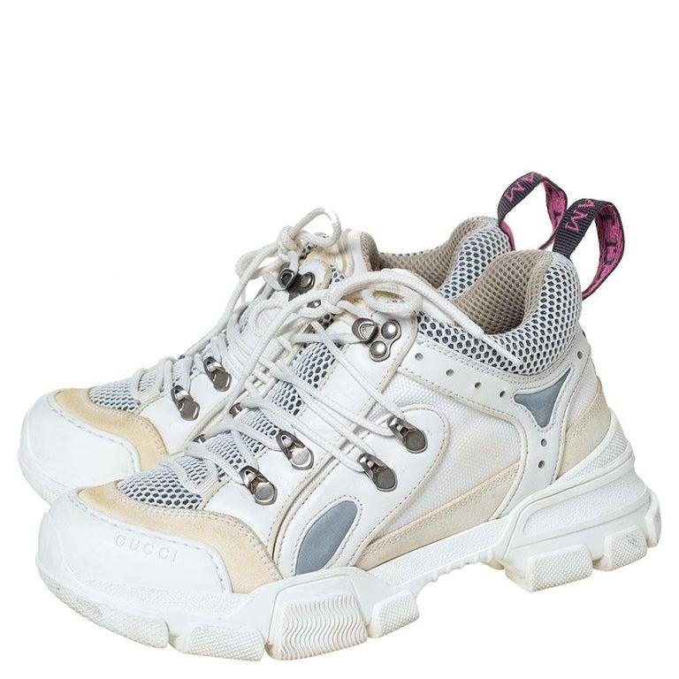 Gucci White/Cream Mesh and Leather Flashtrek Sneakers Size 37 In Good Condition For Sale In Dubai, Al Qouz 2