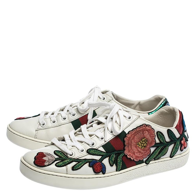 Women's Gucci White Floral Embroidered Leather Ace Low Top Sneakers Size 37