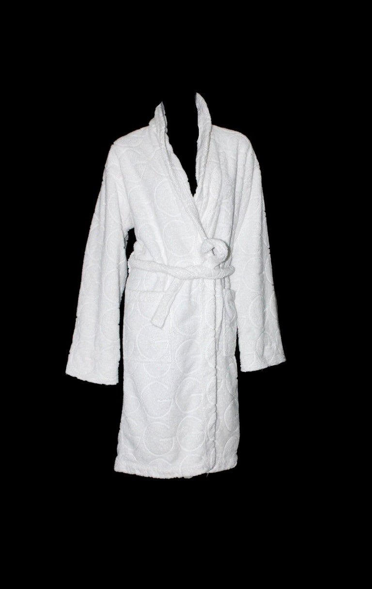 Gray Gucci White GG Logo Terrycloth Terry Towel Bath Robe Morning Coat  For Sale