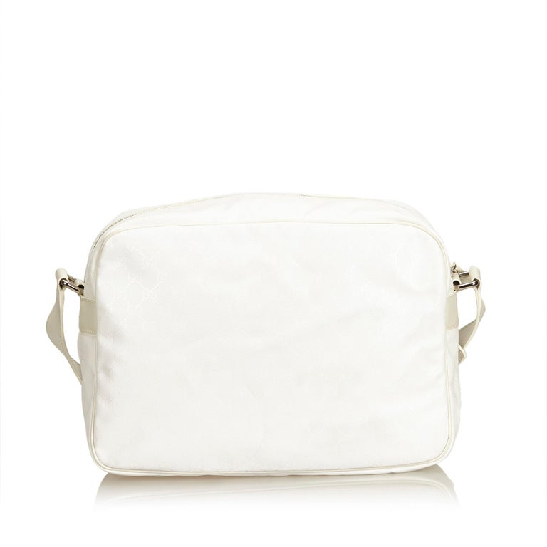 410c792af6d Gucci White Guccissima Crossbody Bag In Good Condition For Sale In Orlando