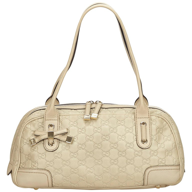 1bfe03a6f693 Gucci White Guccissima Leather Princy Shoulder Bag at 1stdibs