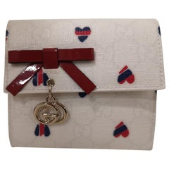 Gucci white heart wallet NWOT