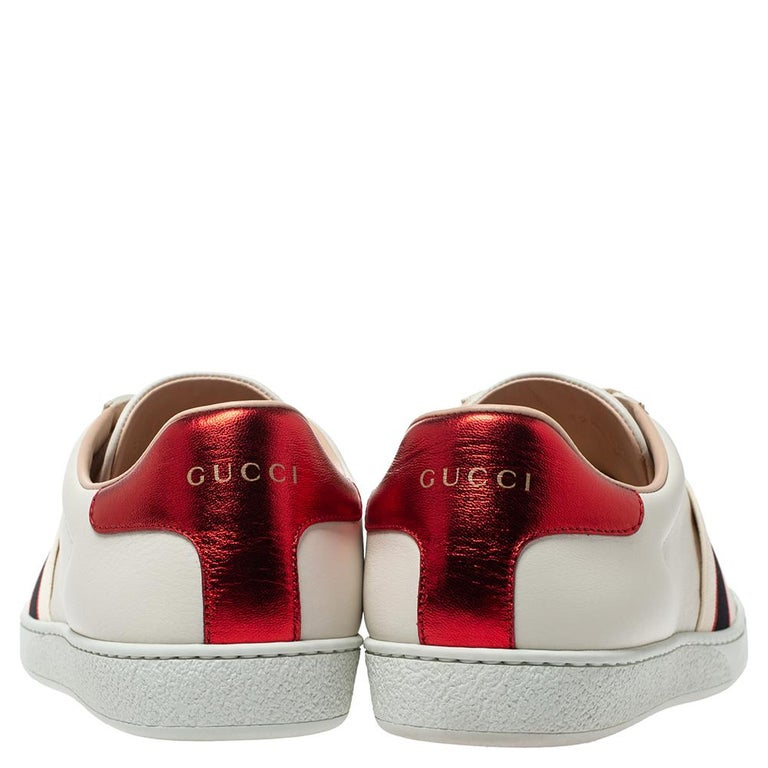 Gucci White Leather Ace Low Top Sneakers Size 39.5 In Excellent Condition For Sale In Dubai, Al Qouz 2