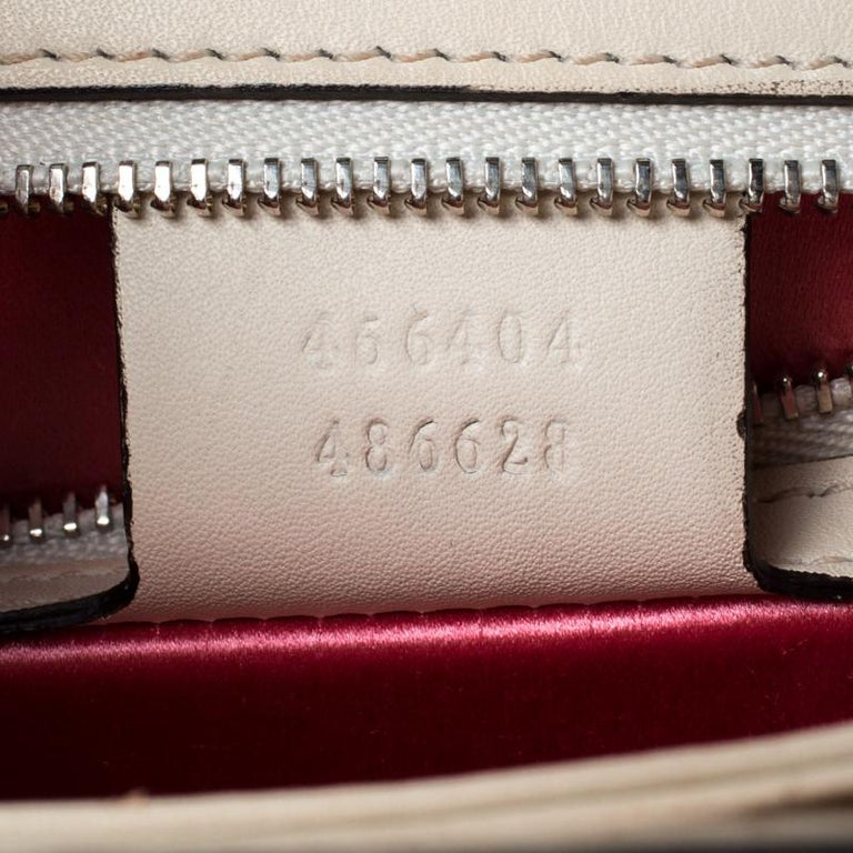 Gucci White Leather and Satin Naga Dragon Head Shoulder Bag For Sale 3