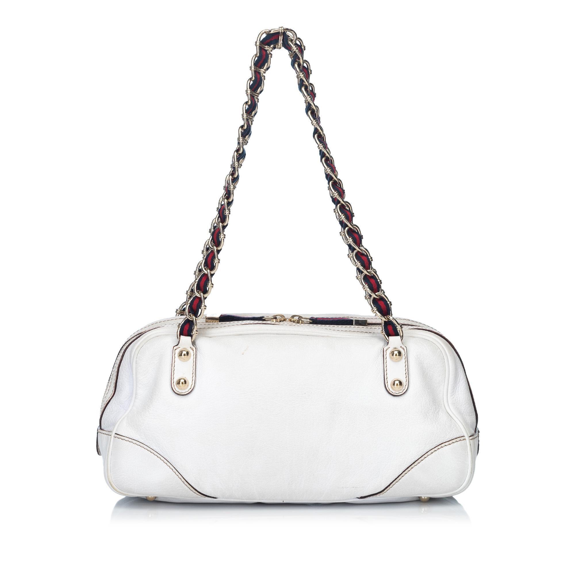 7f54ec4633d Gucci White Leather Capri Shoulder Bag at 1stdibs