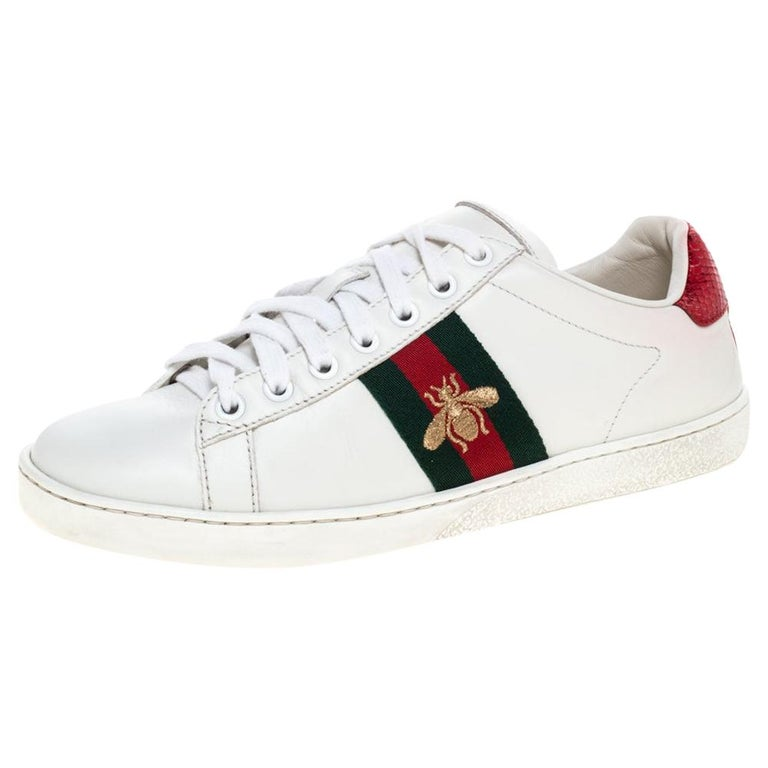 Gucci White Leather Embroidered Bee Ace Low-Top Sneakers Size 37 For Sale