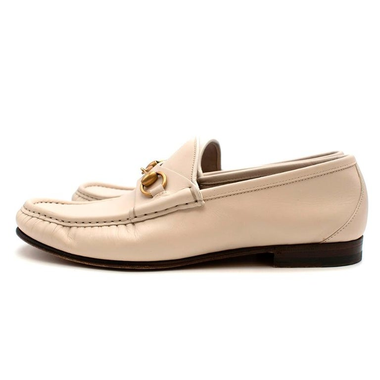 Gucci White Leather Horse Bit Loafers - Size 42 For Sale 3