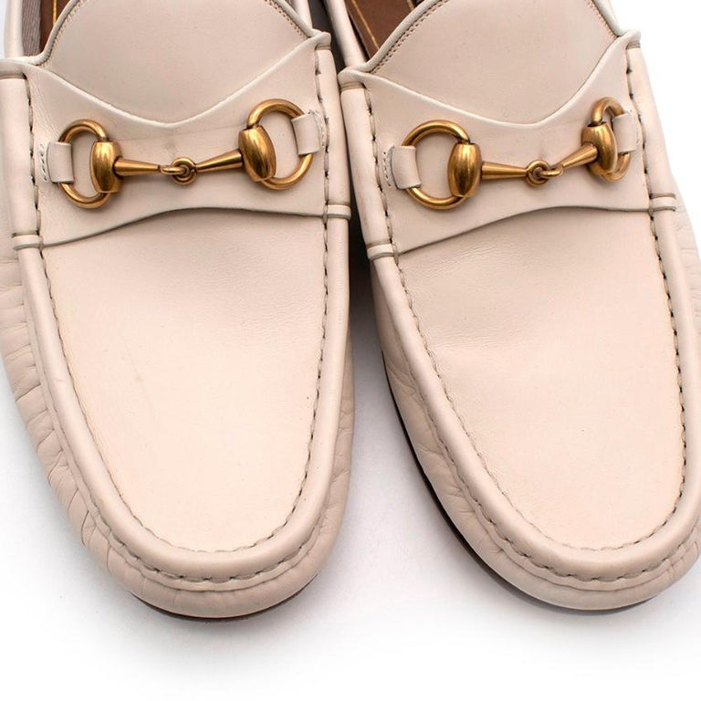 Gucci White Leather Horse Bit Loafers - Size 42 For Sale 4