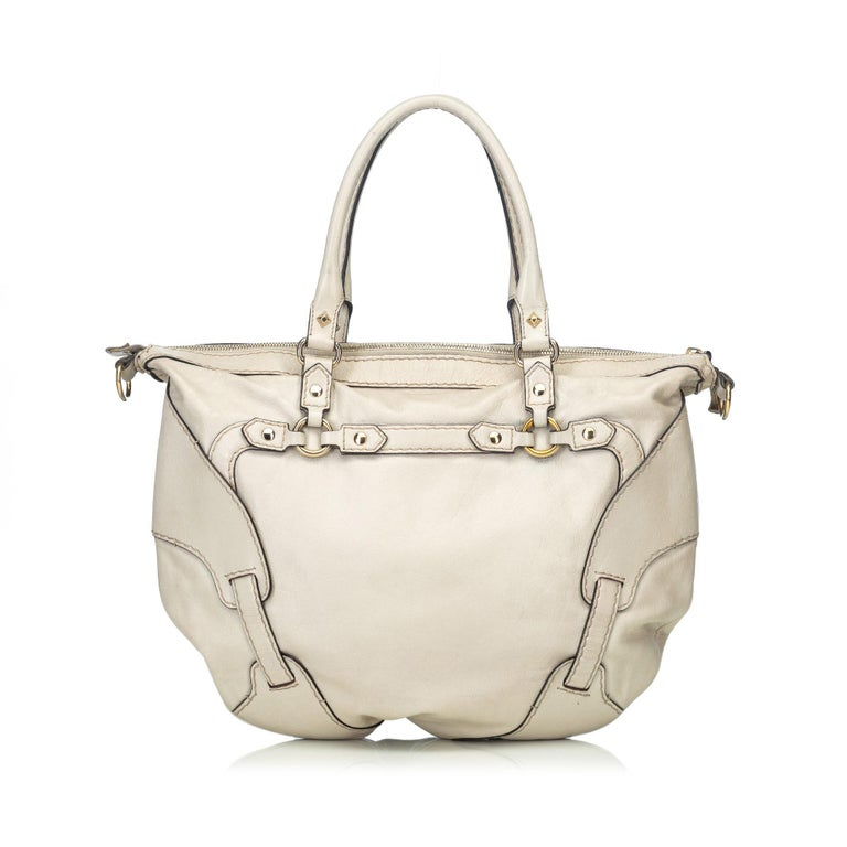 Gucci White  Leather Horsebit Satchel Italy In Good Condition For Sale In Orlando, FL