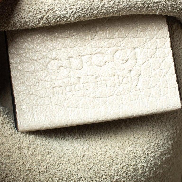 Gucci White Leather Logo Porforlio Pouch 5