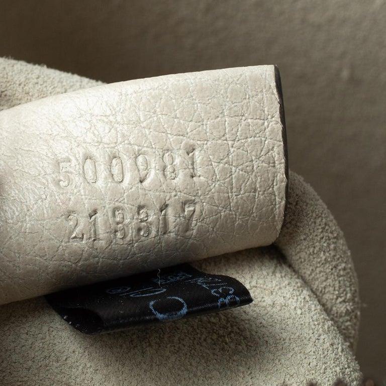 Gucci White Leather Logo Porforlio Pouch 6