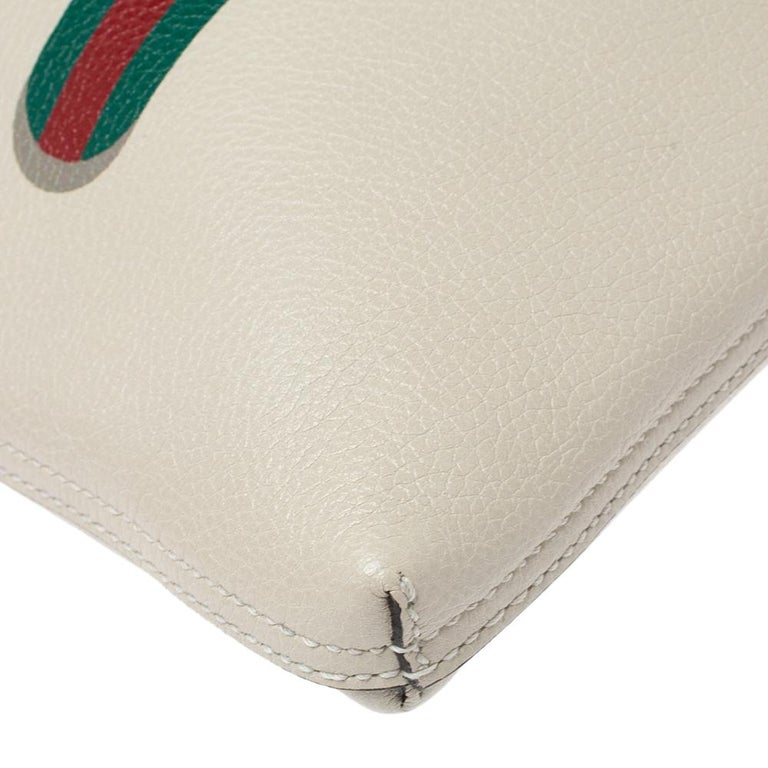 Gucci White Leather Logo Porforlio Pouch 3