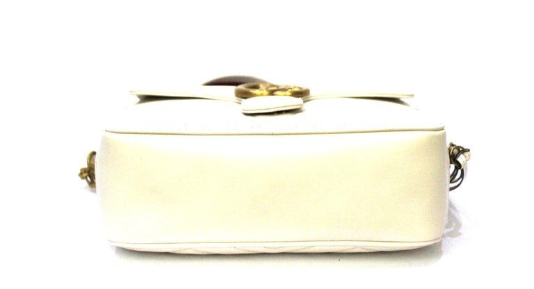 Women's Gucci White Leather Marmont Bag For Sale