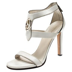 Gucci White Leather Saddle Soft Lux Ankle Cuff Sandals Size 40